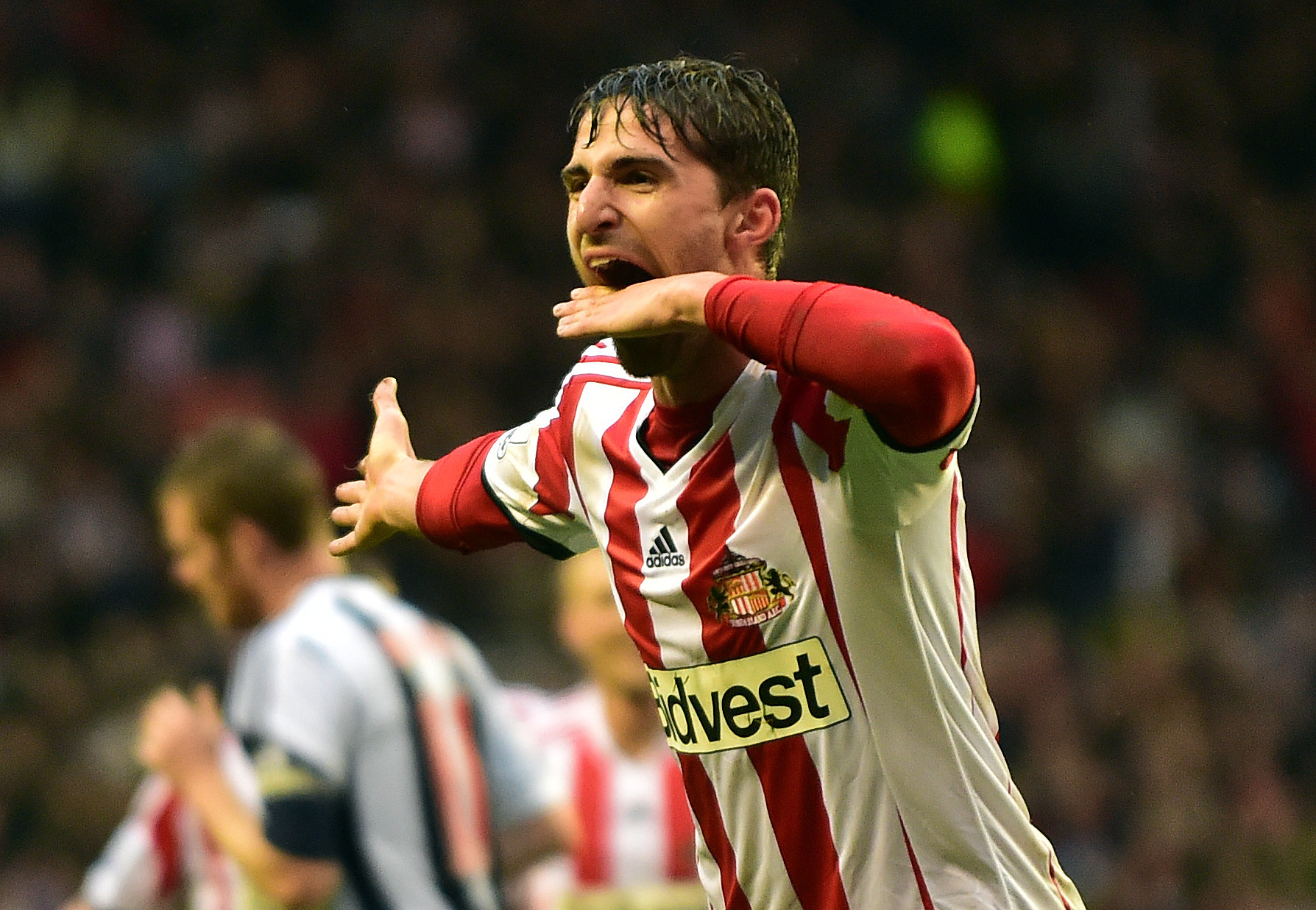 Sunderland target Borini keen to keep his options open after leaving on Liverpool tour
