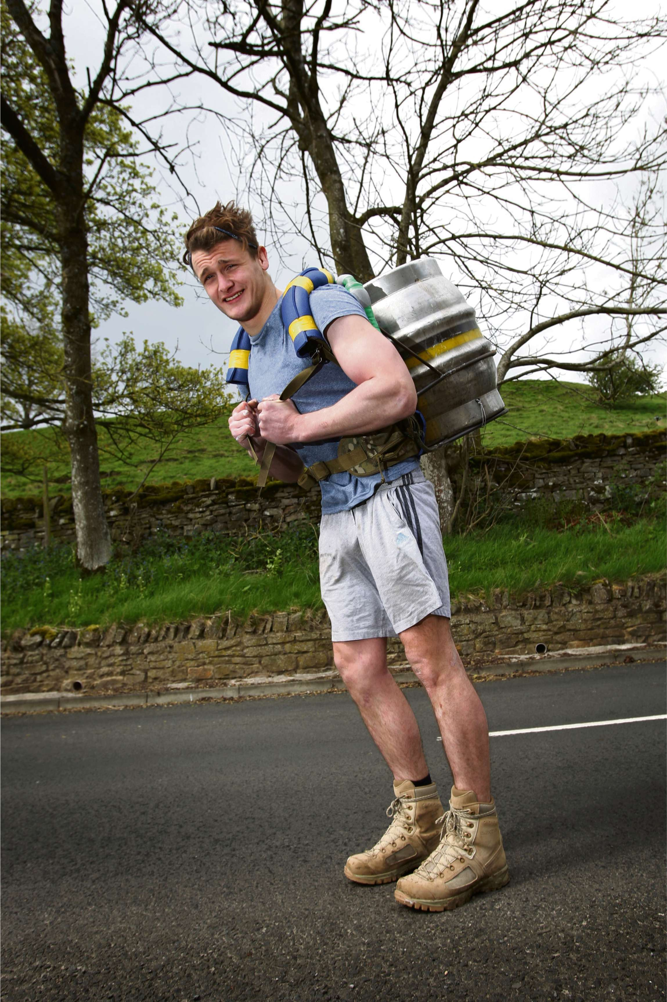 Teesdale fundraiser attempts to run 100 miles with beer keg on his back