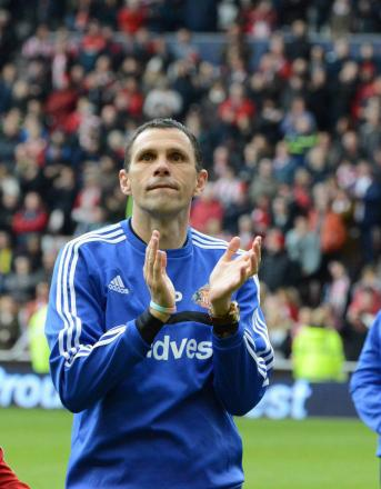 Sunderland extend Poyet contract