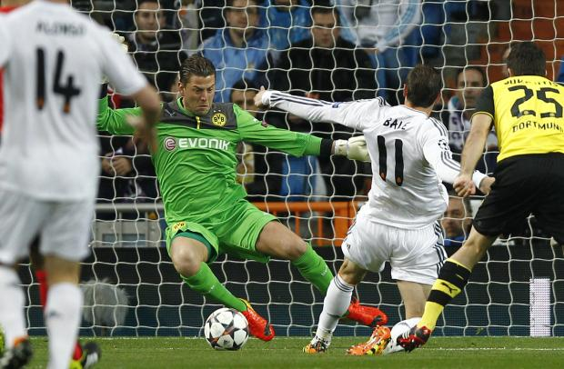 Roman Weidenfeller in action against Real Madrid at the Bernabeu in the Champions League