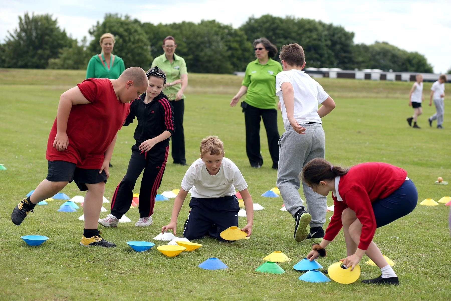 Sport leaders help schoolchildren get active
