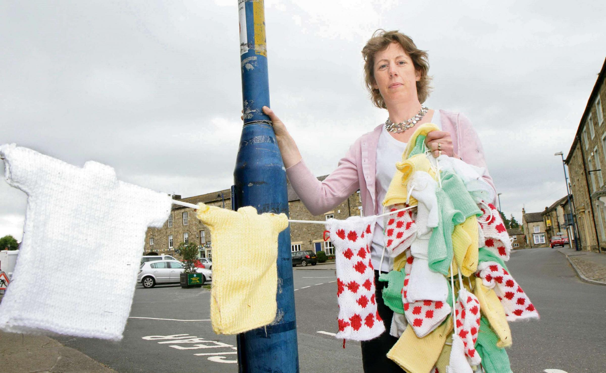 University engineers dismiss Tour de France knitted bunting fears