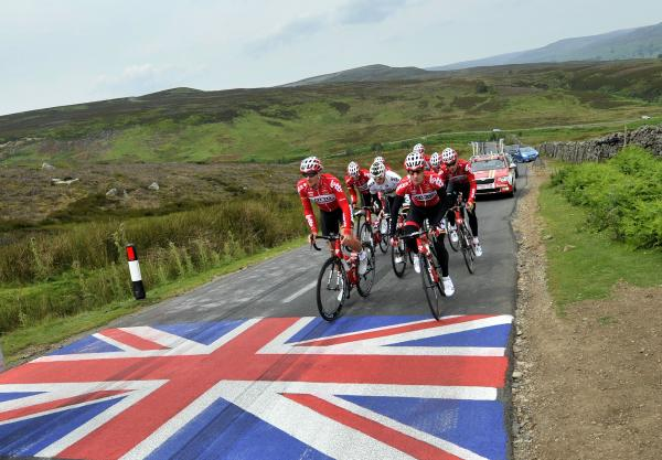 PICTURESQUE: The Lotto Belisol Team tackle a climb near Leyburn during a training run yesterday on the course for stage one of the race between Leeds and Harrogate