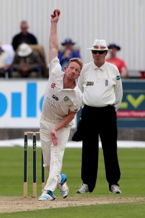 RESISTANCE: Paul Collingwood led Durham's fightback last night, but his side could not avoid defeat to Lancashire