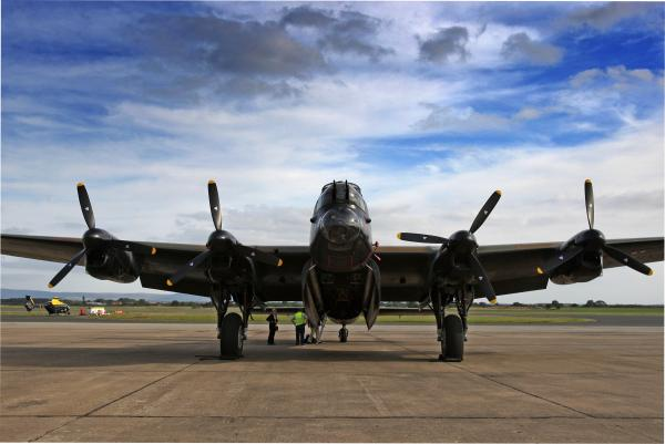 Mynarski Memorial Lancaster arrives in the region ahead of nostalgic flypast