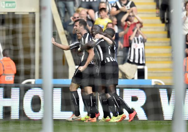 LATE GOAL: Mike Williamson celebrates his 88th-minute strike in Newcastle's 3-3 draw with Crystal Palace