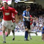 The Northern Echo: HARTLEPOOL V SHEFFIELD WEDNESDAY COCA-COLA LEAGUE 1 PLAY-OFF FINAL - CARDIFF - HARTLEPOOL'S JON DALY CELEBRATES HIS GOAL -D29/05/05DW (11918748)