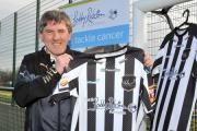 STRIPES: Widnes Vikings launch their new charity shirt in partnership with the Sir Bobby Robson Foundation with Newcastle United football legend Peter Beardsley. RLPIX.COM
