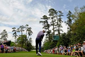 Record-breaking Spieth firmly in control at Augusta