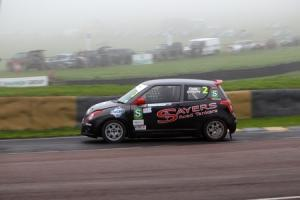 Drew roars to victory at Lydden Hill