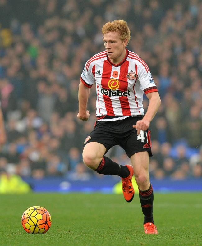 Former Sunderland winger Duncan Watmore has been training with Middlesbrough