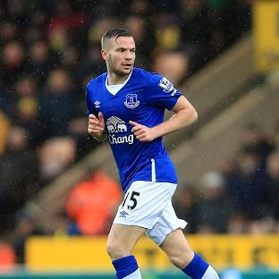 LOAN OFFER: Newcastle are keen to sign Everton midfielder Tom Cleverley on loan