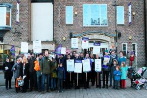Parties pledge to work together to 'save our market town