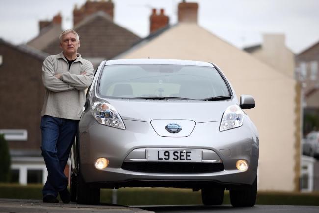 Derek Longstaff And His 64 Plate Nissan Leaf Tekna