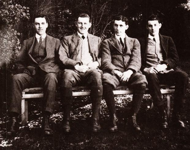 The Northern Echo: WAR HEROES: Roland, Thomas, George and James Bradford pictured at their home, Milbanke, Darlington, in 1914