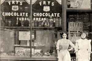 TUROG BREAD: Elizabeth and Minnie Davison outside their shop which stood in Skinnergate, Darlington, facing up Duke Street