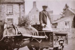 ICE CREAM MAN: Vincenzo Cellini with his cart in Richmond – can anyone place where this picture was taken? Vincenzo couldn't write so his name is spelled phonetically on his cart as
