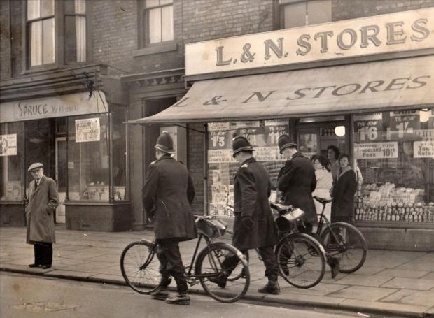 The Northern Echo: FINGERTIP SEARCH: This appears to be from the same mid-1960s Barclays bank raid as our big graphic. You don't see policemen on bikes like this anymore and you certainly can't get two tins of Farrows processed peas for 10½d as you could at L&N Sto