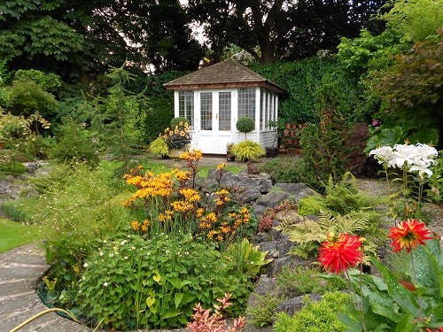 Beautiful Gardens To Visit This Summer