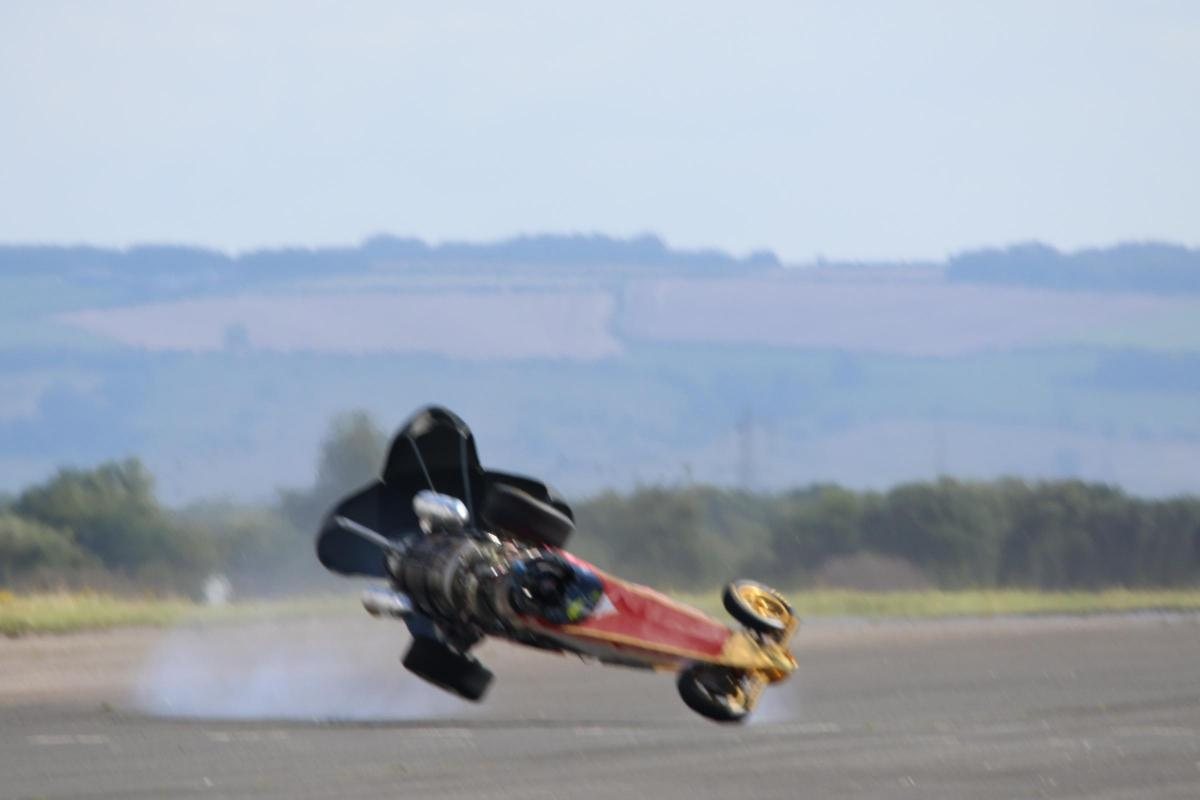 Land Speed Record >> Watch Darlington Racer Cheats Death At 250mph As He Tries To Smash