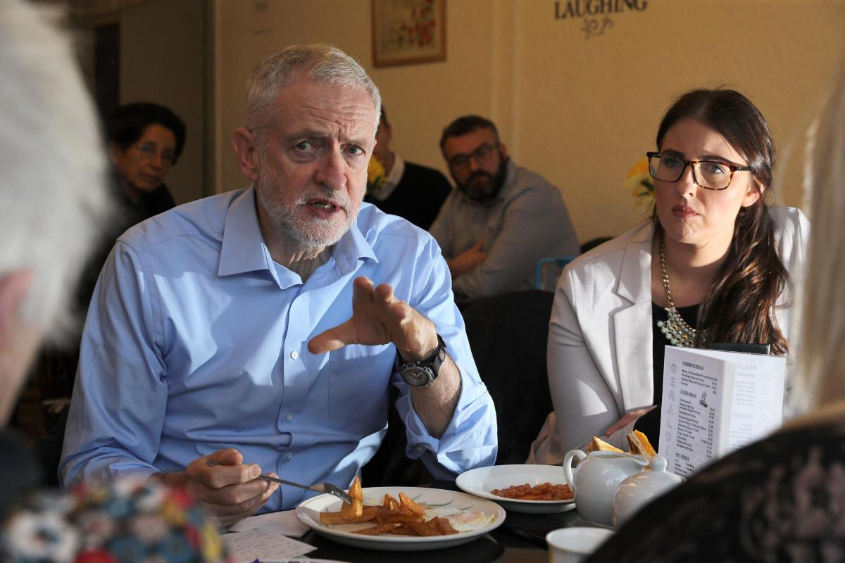 Labour leader Jeremy Corbyn and MP Laura Pidcock in Geraldine's Cafe in Consett, County Durham. Picture: Owen Humphreys/PA Wire