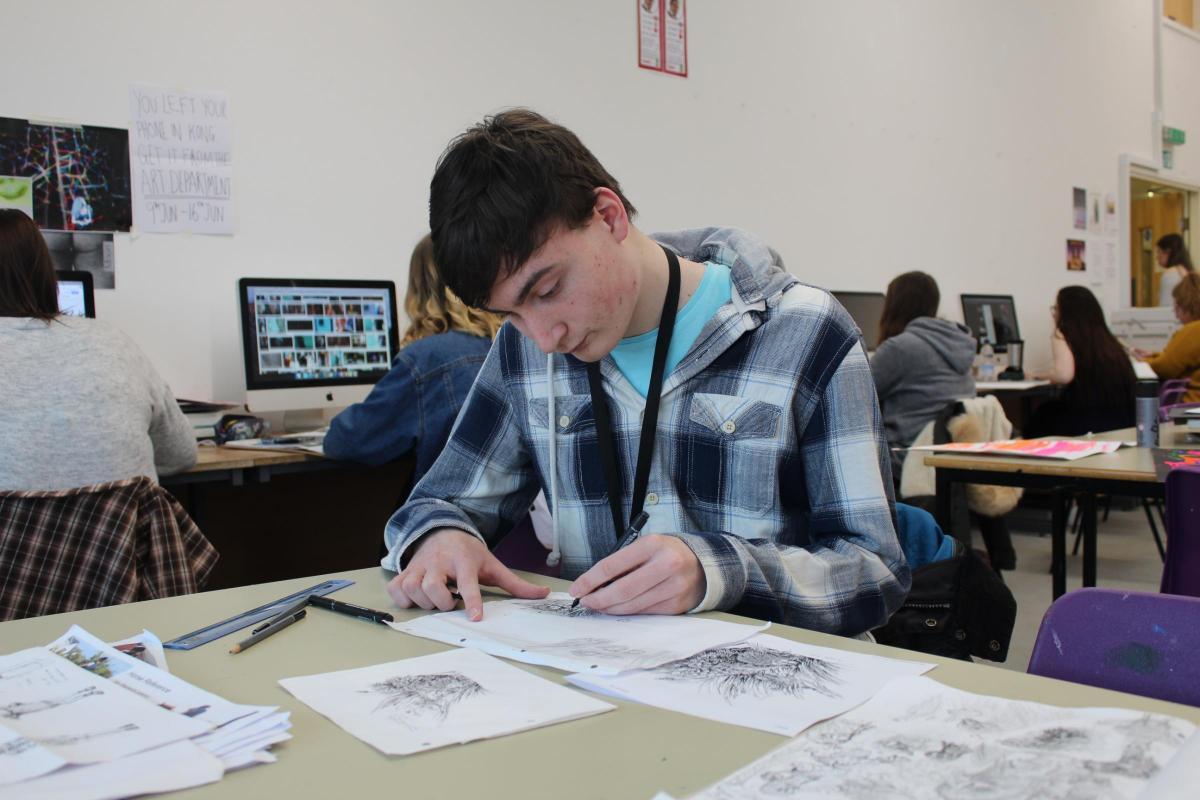 Artist With Autism Illustrates >> Teenage Artist Becomes Autism Ambassador After Illustrating