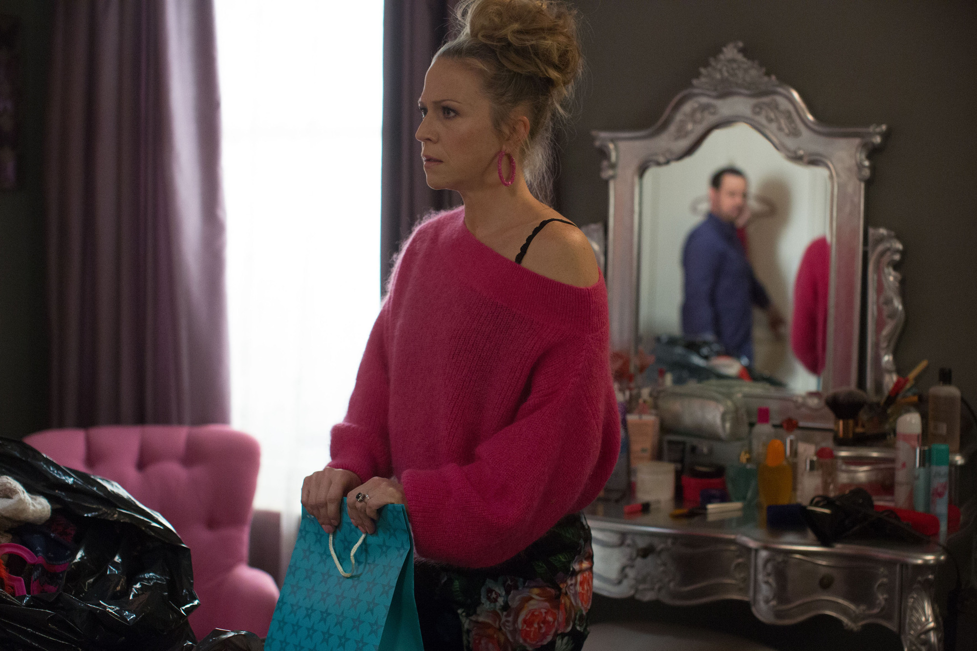 Linda is shocked by her discovery. Linda Carter (KELLIE BRIGHT) - (C) BBC - Photographer: Jack Barnes