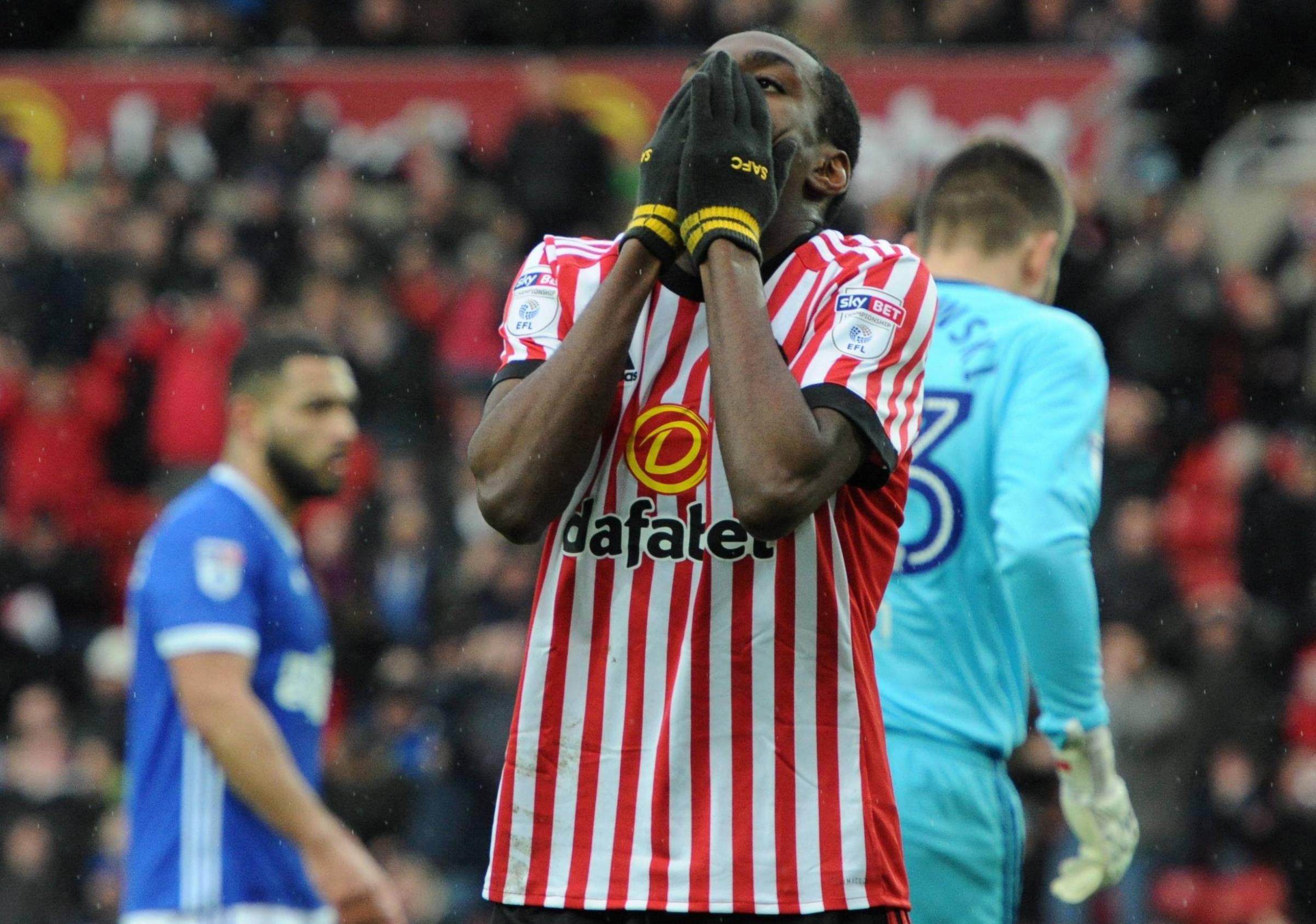 OH NO: Joel Asoro shows his disappointment during Sunderland's 2-0 defeat to Ipswich (Picture: North News)