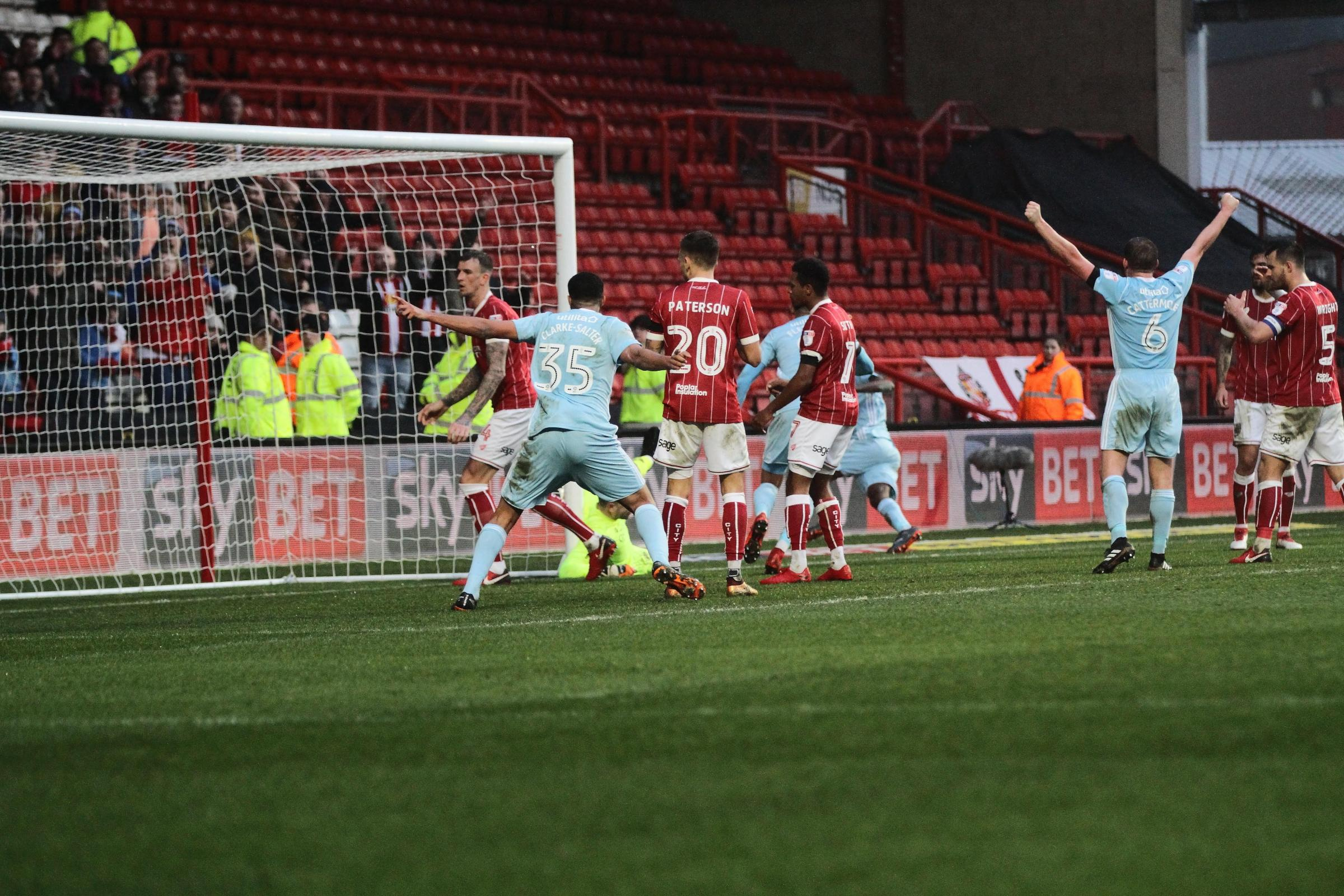 SPIRIT: Key man Lee Cattermole celebrates as Sunderland's equaliser goes in at Bristol City on Saturday