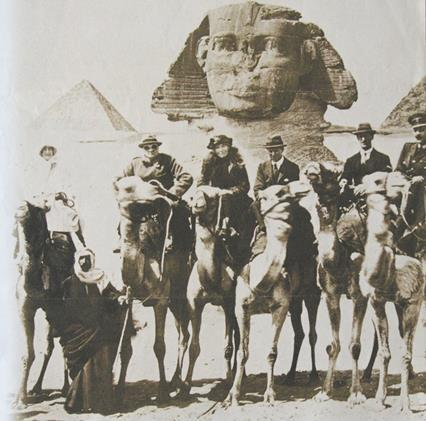 Gertrude Bell pictured with Winston Churchill in Giza, Egypt