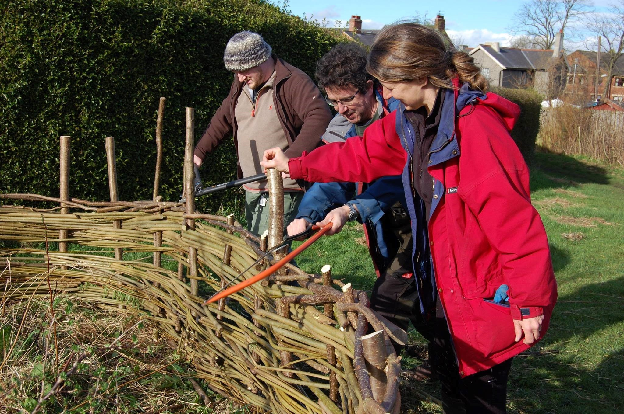 PROJECT: Volunteers learning traditional skills at the Hop Garden in High Spen