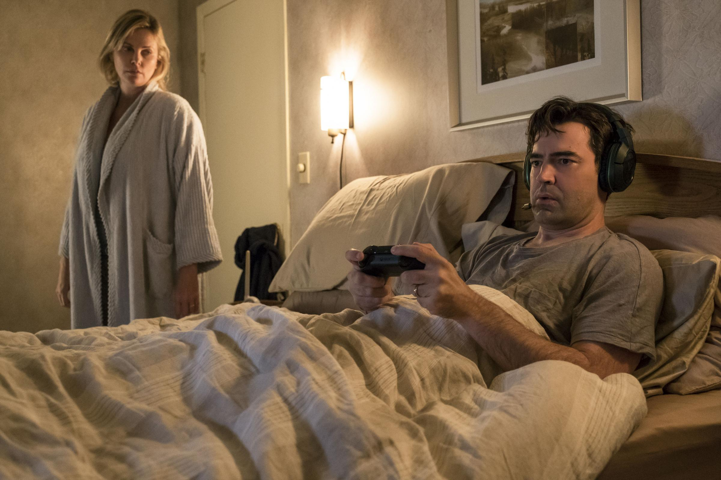 Tully. Pictured: Charlize Theron as Marlo and Ron Livingston as Drew