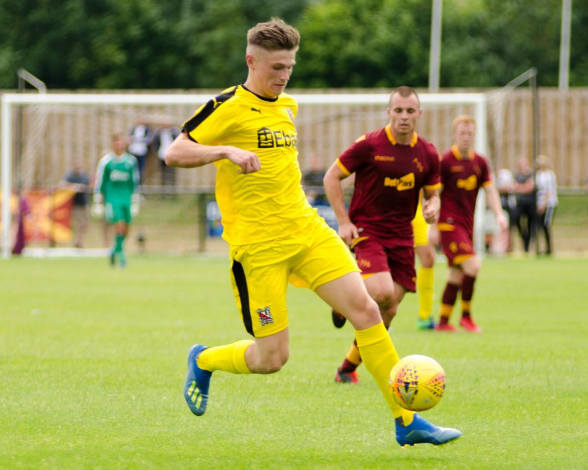 5ce2a14983 Saunders' catches the eye in defeat to Motherwell | The Northern Echo