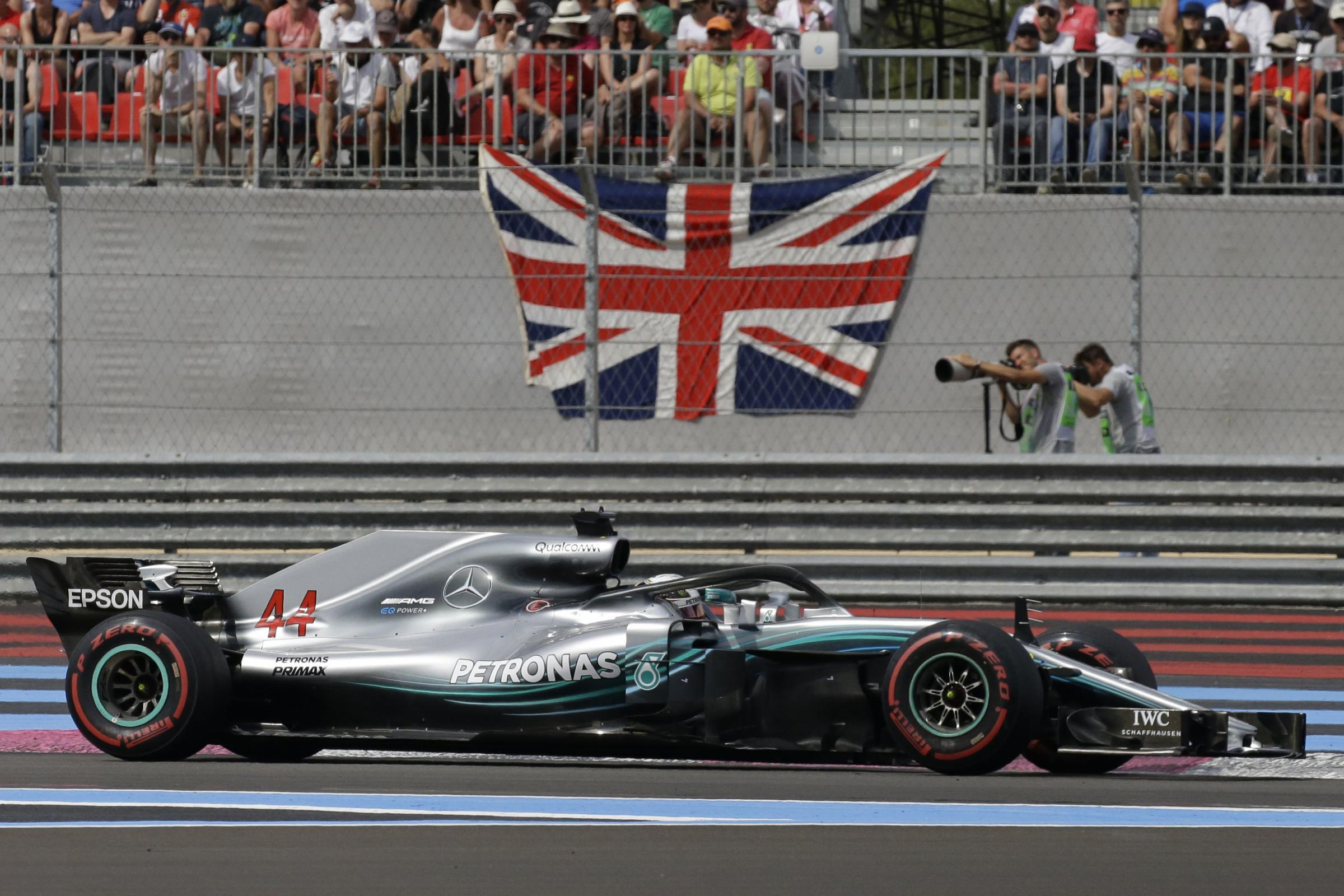 Mercedes driver Lewis Hamilton of Britain races during the French Formula One Grand Prix at the Paul Ricard racetrack, in Le Castellet, southern France, Sunday, June 24, 2018. (AP Photo/Claude Paris).