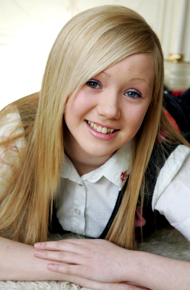sophie brown who is in the final of the teen queen uk contest