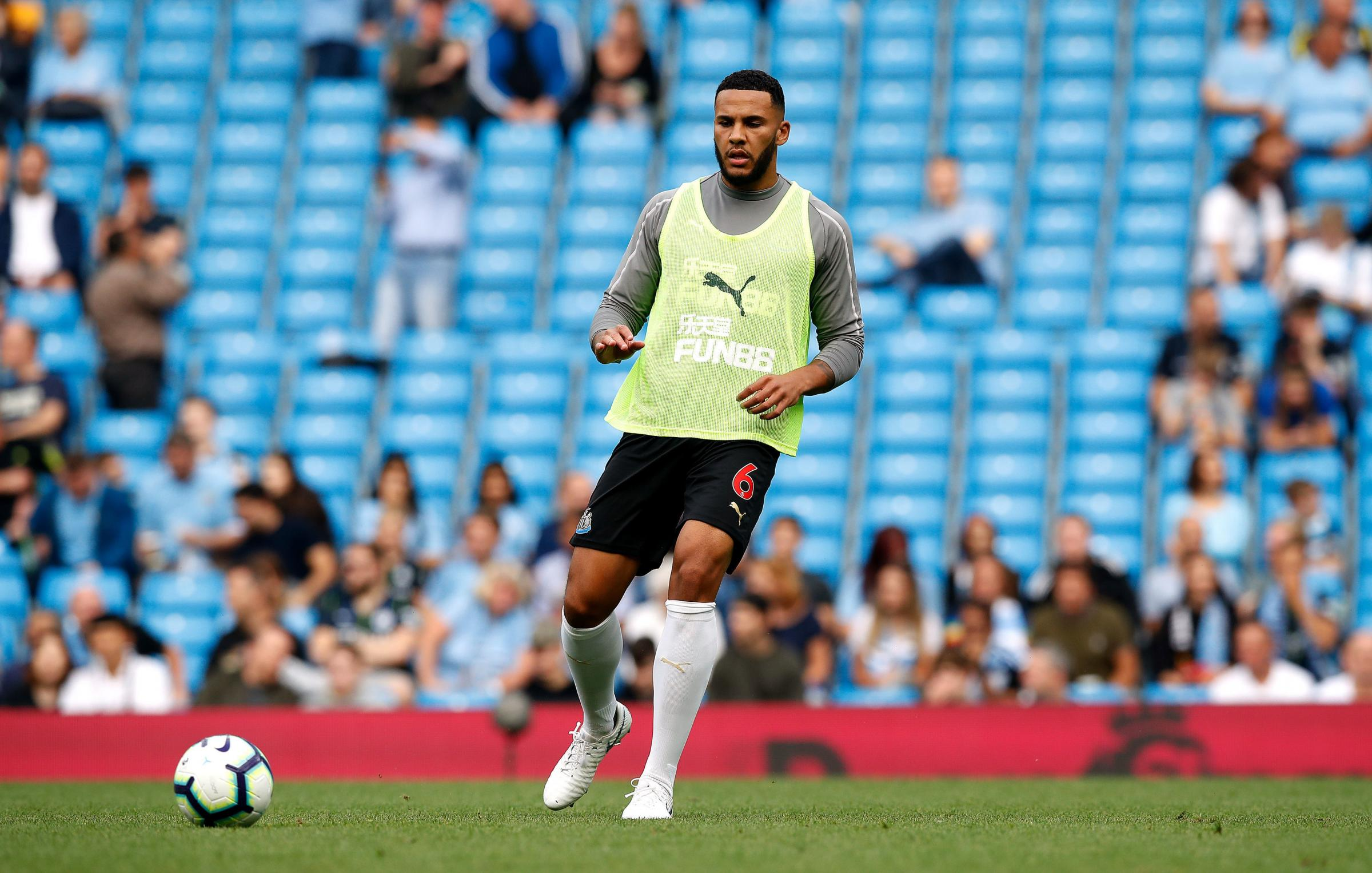 SHOULDER PROBLEM: Jamaal Lascelles