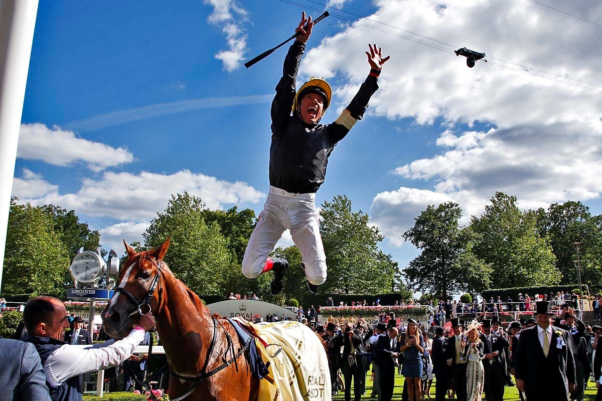 Royal Ascot 2018 - Stradivarius flying dismount by Frankie Dettori - by Sue Orpwood.jpg
