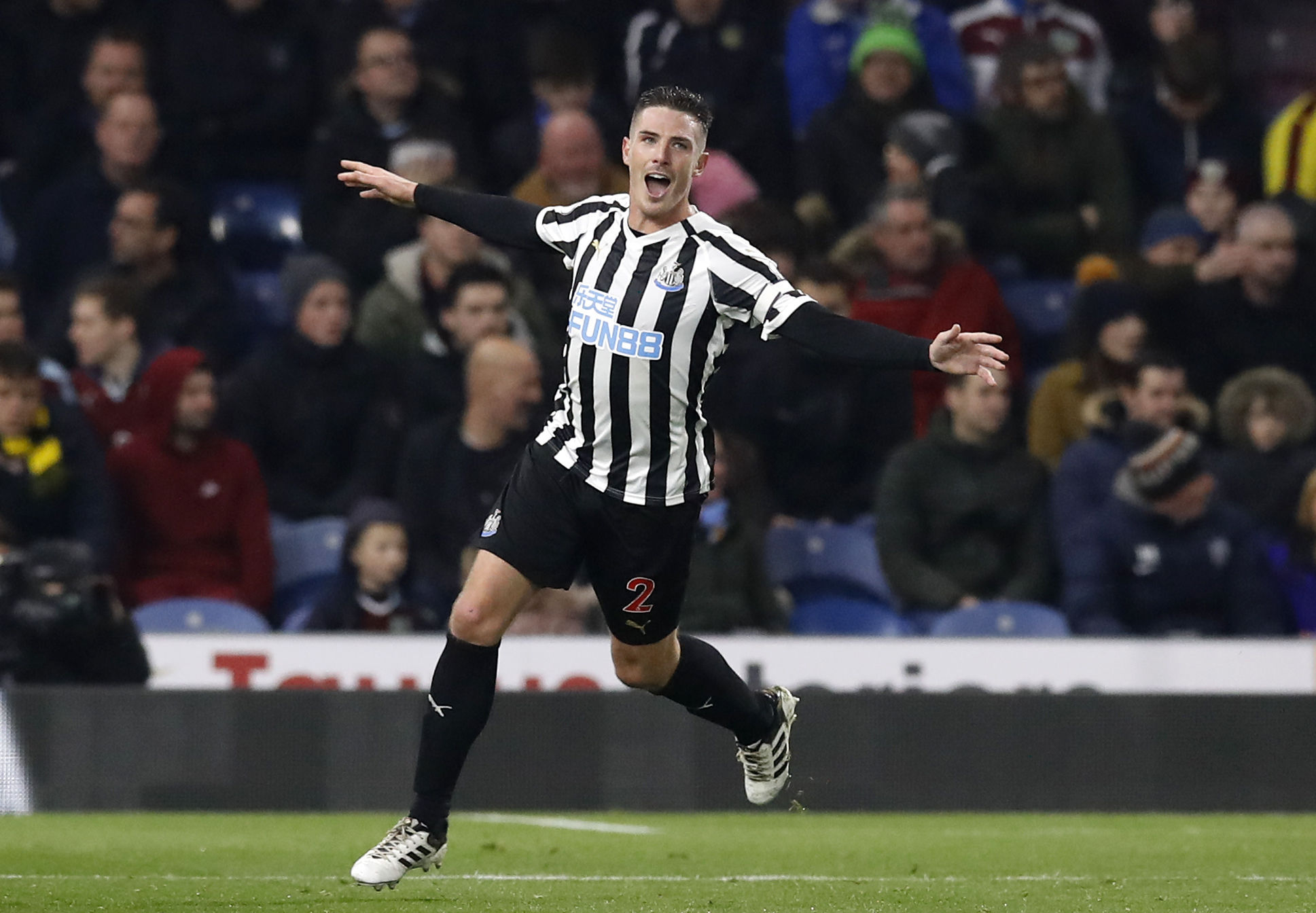 Newcastle United's Ciaran Clark celebrates scoring his side's second goal of the game during the Premier League match at Turf Moor, Burnley. PRESS ASSOCIATION Photo. Picture date: Monday November 26, 2018. See PA story SOCCER Burnley. Photo credit