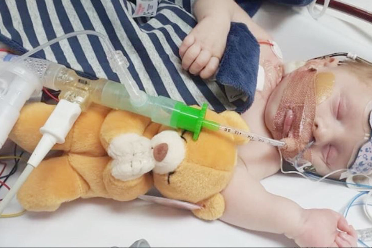 Parents of baby who may have three days to live appeal for heart donation