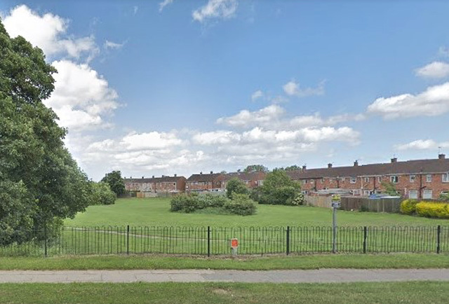 Boy, 13, robbed at knifepoint