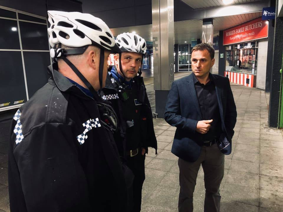 Paul Williams meets frontline officers