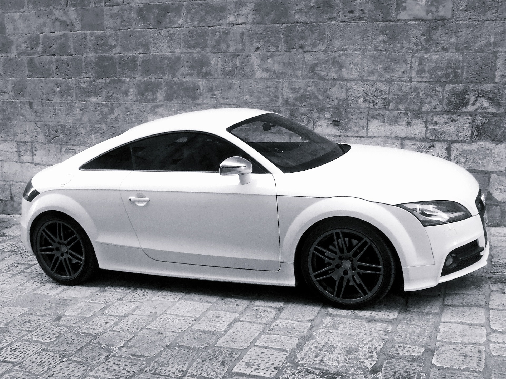 Hartlepool: Audi TT driver facing prison after police chase