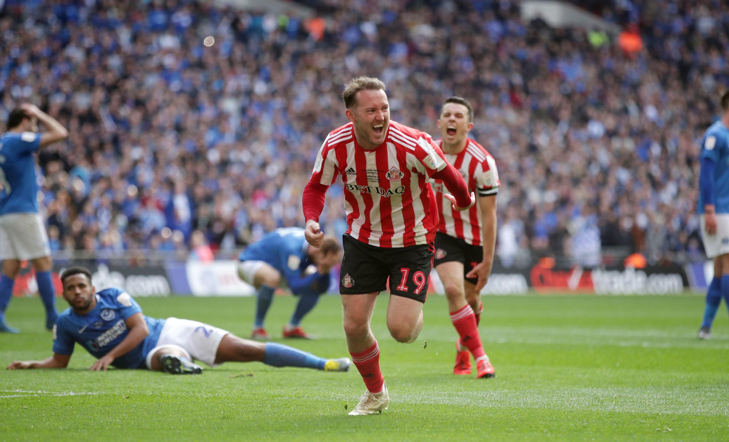 Sunderland's Aiden McGeady celebrates scoring his side's second goal of the game during the Checkatrade Trophy Final at Wembley Stadium, London. PRESS ASSOCIATION Photo. Picture date: Sunday March 31, 2019. See PA story SOCCER Final. Photo credit