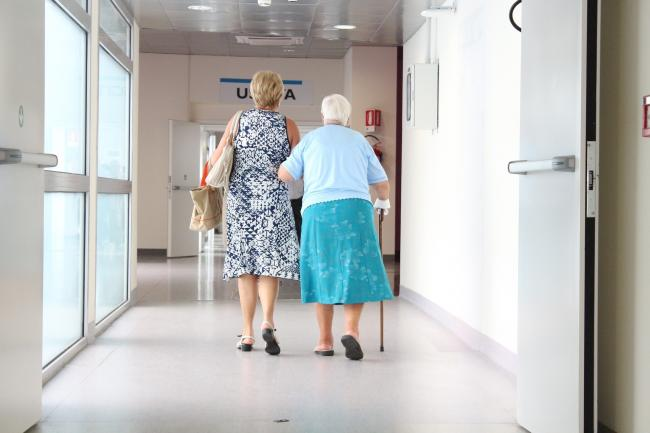 Speedier diagnosis and referrals to services would help dementia patients and their families, according to new report