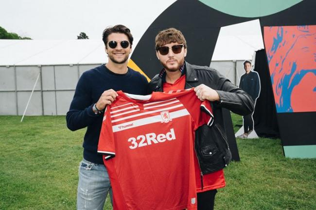 Selfie with James Arthur and George Friend unveils new Boro kit
